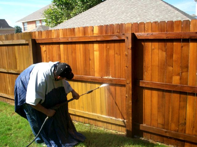 Fence Staining Benefits And Tips From Fence Staining Experts